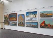 На  выставке А. Каменева