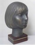 Портрет Анны 1995 г. Бронза. 30х22х22