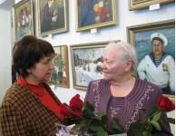Маргарита Гаврилова была на открытии выставки, разговаривала с Еленой Ивановной Штефан и сфотографировалась с ней.